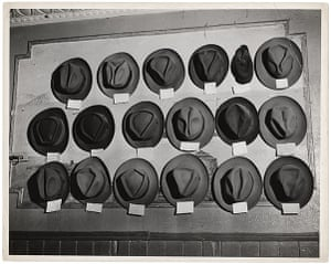 Weegee exhibition: Hats in a pool room, by Weegee