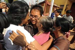 Burma prisoner released: Blogger Nay Phone Latt celebrates upon his release from detention in Hpa-an