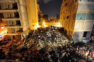24 hours: Beirut, Lebanon: People search in a collapsed residential building