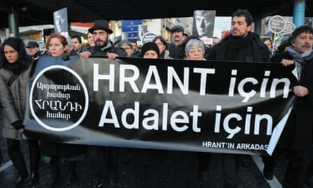 Protesters outside Istanbul court trying man in Hrant Dink murder case