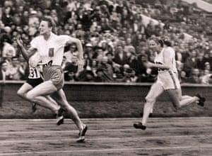 Fanny Blankers Koen: Fanny Blankers-Koen Running 100m race at 1948 Olympics