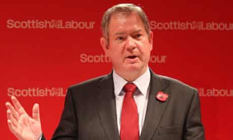 Tom Harris steps down over Salmond jibe
