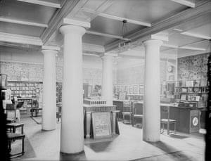 Kodak: 1900: The interior of a Kodak shop