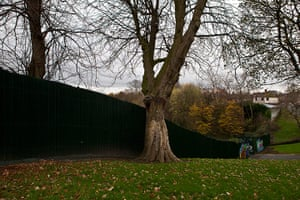 Peace Walls: The peace wall in Alexandra Park, Belfast