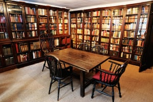dickens interiors gallery: Library Doughty Street