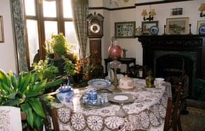 dickens interiors gallery: Dining room Bleak House