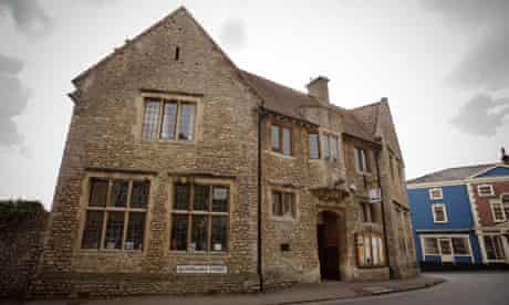 Bruton library