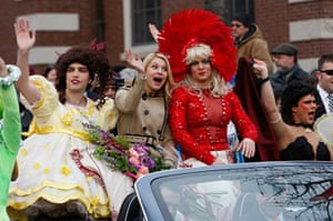 Hasty Pudding Club: Claire Danes Hasty Pudding Theatricals Woman of the Year