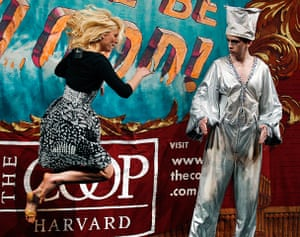 Hasty Pudding Club: Claire Danes Hasty Pudding Club