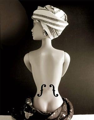 Jocelyne Grivaud Barbies: Le Violon d'Ingres