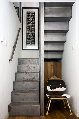 Camden Mews flat: Entrance hall
