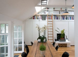 Camden Mews flat: Living space with window