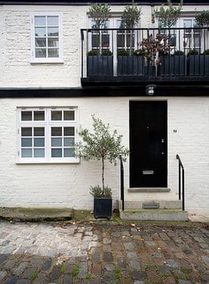 Camden Mews flat: Front