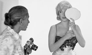 Eve Arnold with Marilyn Monroe during the filming of 'The Misfits', 1960