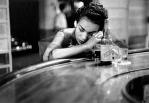 Eve Arnold dies: 1954 Bar girl in a brothel in the red light district, Havana, Cuba