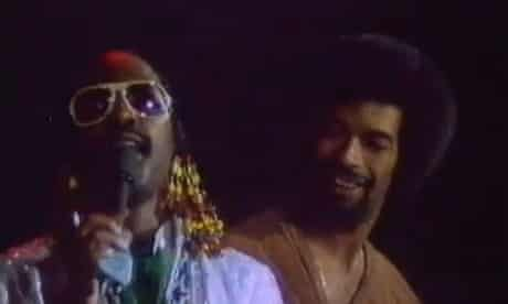 Gil Scott-Heron and Stevie Wonder singing Happy Birthday on the Hotter than July tour.