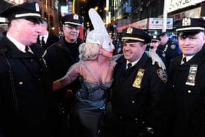 Week in music: Dick Clark's New Year's Rockin' Eve With Ryan Seacrest 2012