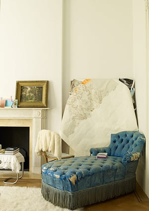Homes: Russain House: Shabby chic blue chaise lounge