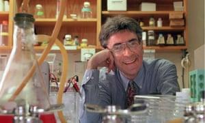 Chemistry Nobel prizewinner Robert Lefkowitz in his lab