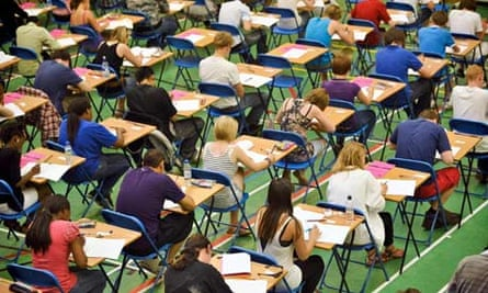 GCSE English marking faces high court challenge