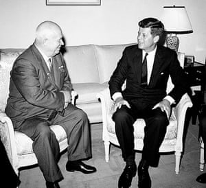 Cuban missile crisis : Khrushchev and  John F. Kennedy 1961