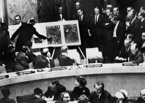 Cuban missile crisis : An official showing aerial views