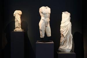 Frieze: figures at Rupert Wace, Ancient Art at Frieze Masters