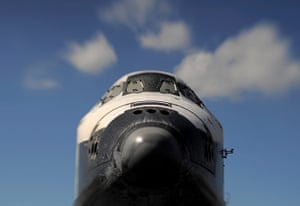 Endeavour: Space shuttle Endeavour in Los Angeles