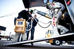 Felix Baumgartner: Felix Baumgartner readies himself before take off
