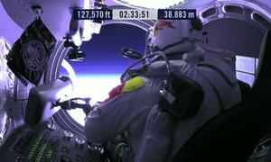 Kittinger In Felix Baumgartner S Control Room