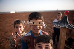 FTA: Maysun: Syrian refugee children play