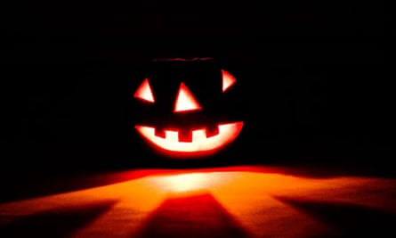 It is easier to cut human flesh than a pumpkin, researchers found