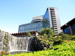 Bond locations: New Otani Hotel, Tokyo, Japan