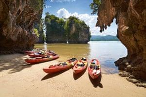 Bond locations: Thailand - Krabi province, Phang Nga Bay, canoe trip