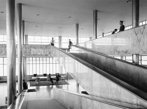 Oscar Niemeyer: Interior shot of the Casino Pampulha