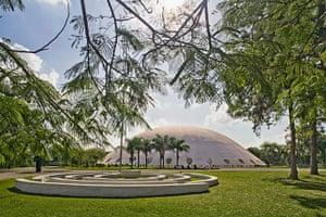 Oscar Niemeyer: The Lucas Nogueira Garcez Pavilion in Ibirapuera Park