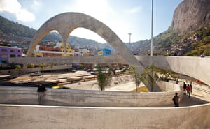 Oscar Niemeyer: A view of the arch and footbridge which forms part of the Rocinha Complex