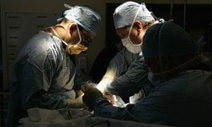 Surgeons in UK