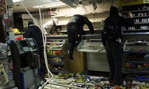 Looters in the 2011 London riots