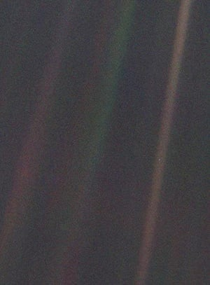 A month in Space: Earth as 'Pale Blue Dot'