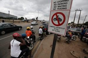 Lagos traffic: go slow traffic jams
