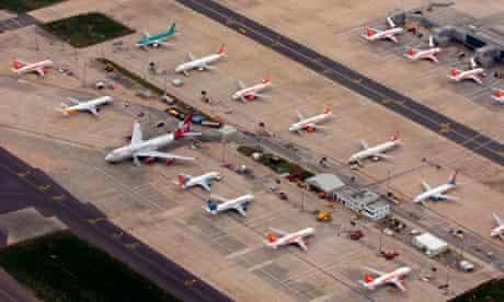 Planes at Gatwick
