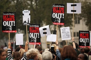 Sufragette march: Campaigners hold up anti-government placards