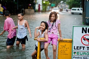 Readers gallery Oct 2012: Flooding in Manila