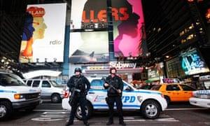 New York city awaits hurricane Sandy