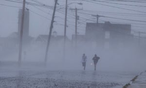 Hurricane Sandy batters east coast