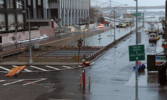 Superstorm Sandy: Obama declares major disaster in New York and New