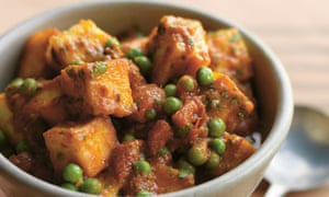 Mattar paneer: sweet and spicy cheese and peas