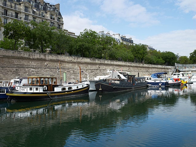 Houseboat Living In Paris In Pictures Life And Style The Guardian