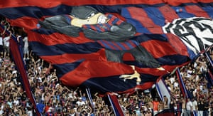 Tifo: Supporters of San Lorenzo's cheer their team